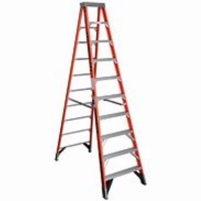 Where to find LADDER, STEP 10  FIBERGLASS in Prior Lake